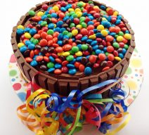 Grand Celebration MnM Kit Kat Cake!