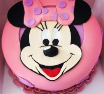 "9""  Minnie Mouse Cake 1 Tier"