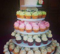 Cupcake Tower Wedding and Cutting Cake