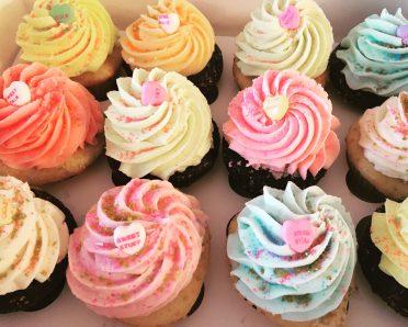 sweet talkin valentine cupcakes