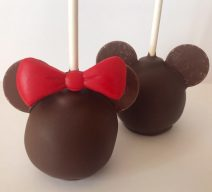 mickey minnie cake pops