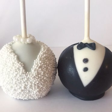 Bride and Groom Wedding Cake Pops